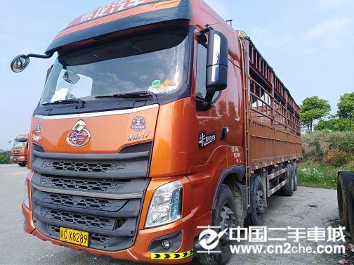 东风柳汽 乘龙 载货车 H7重卡 350马力 8X4 9.6米仓栅...