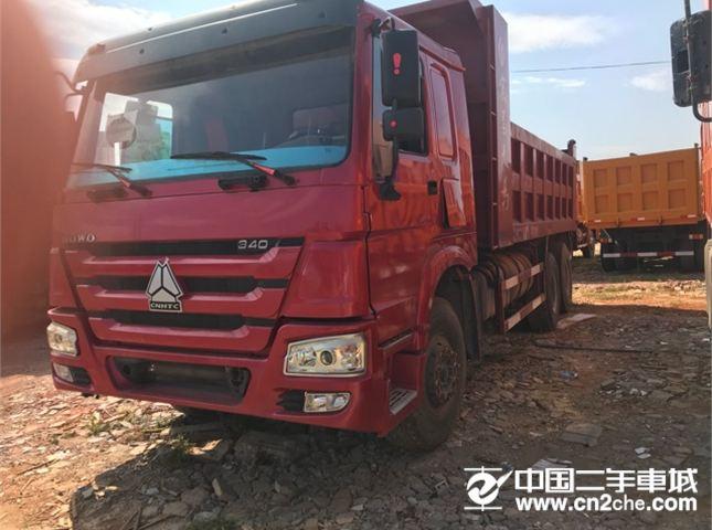 中国重汽 豪沃 牵引车 前二后八