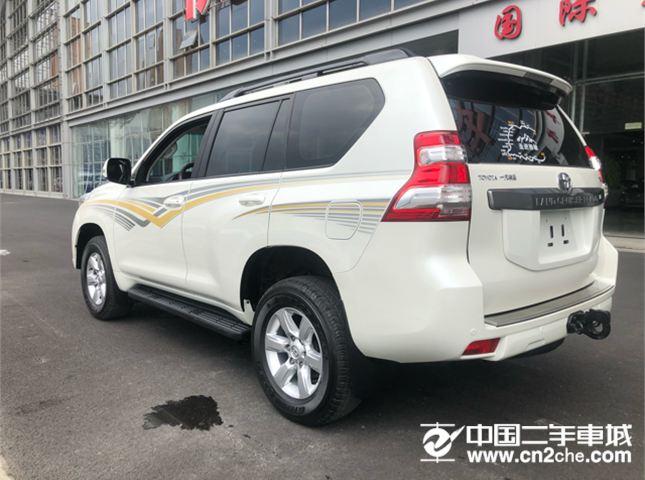 丰田 普拉多  2.7L 自动标准版