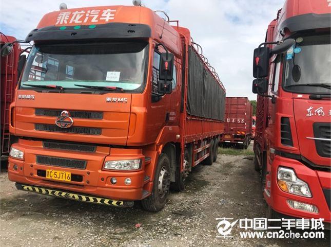 东风柳汽 乘龙M5 M5重卡350马力8*49.6米