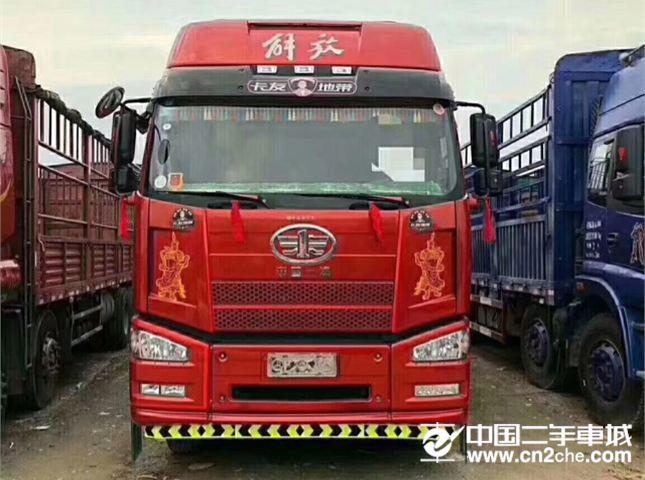 一汽解放 J6P 420马力8X4高栏