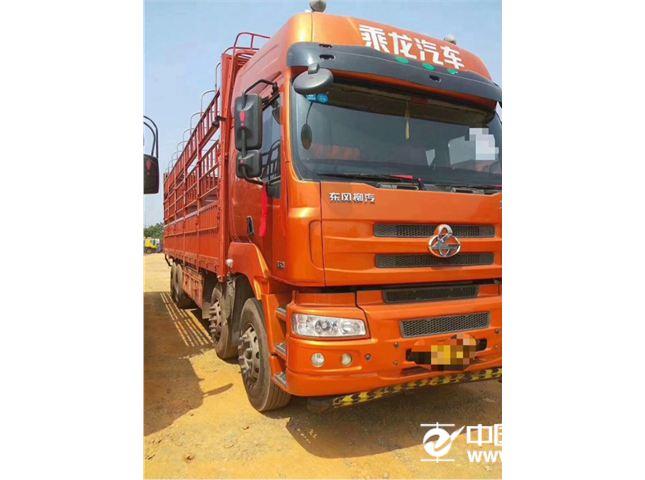 东风柳汽 乘龙M5 M5重卡350马力8x49.6米高栏