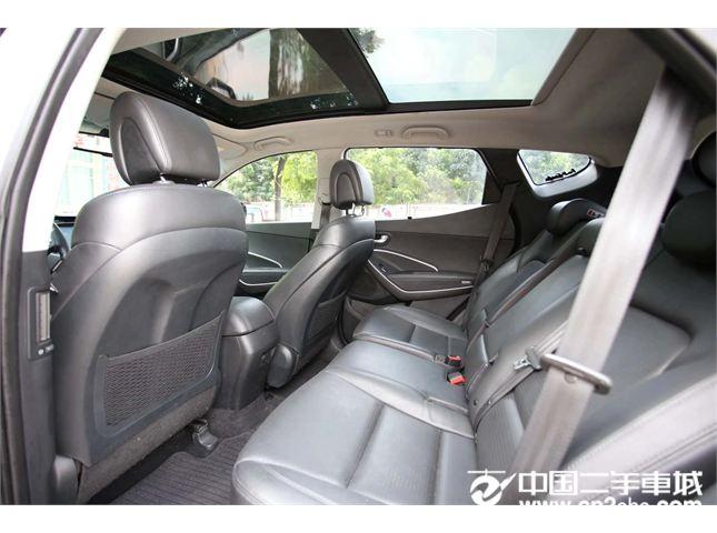 现代 新胜达 2012款 2.4L 自动 两驱版 至尊版 5座