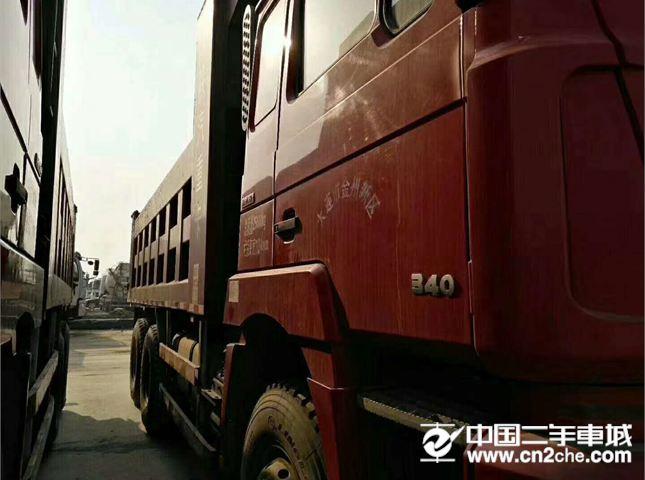 陕汽重卡 德龙F3000 二手陕汽德龙,5米8大箱,340马力,后八轮工程自卸车