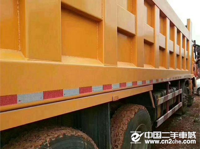 陜汽重卡 德龍X3000 自卸車 430馬力 8X4 8.6米自卸車(SX33105C486B)