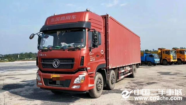 东风天龙220马力6×2厢式重型厢式货车价格16.80万