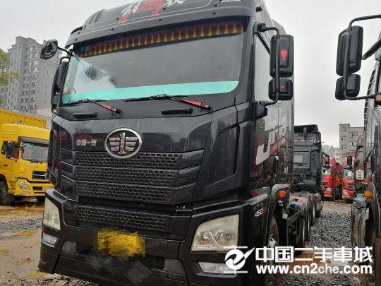 青島解放 JH6 460馬力,牽引車