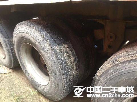 陕汽重卡 德龙X3000 牵引车  550马力 6X4牵引车(SX4256T324)