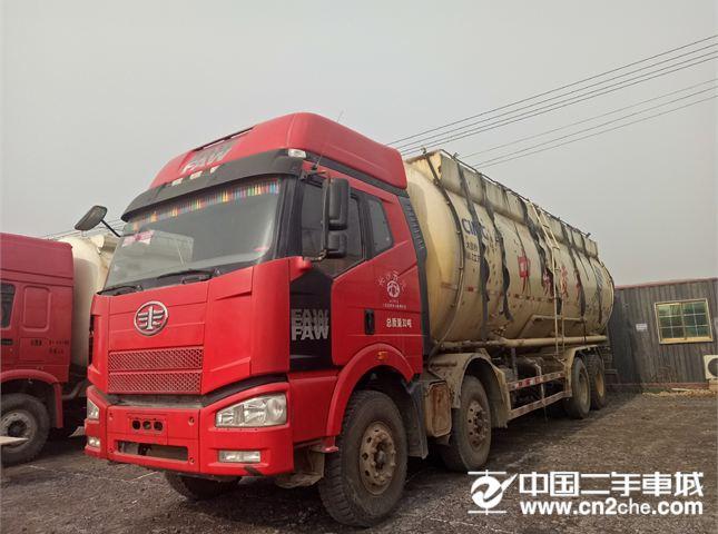 一汽解放 J6 粉粒物料車 350馬力 8X4 粉粒物料運輸車