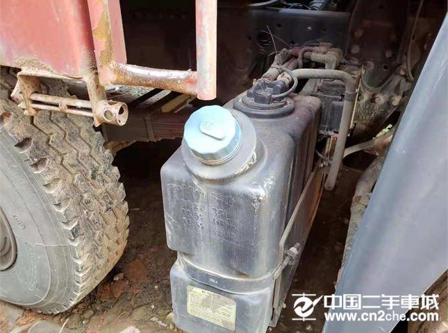青島解放 悍V 240馬力  倉柵載貨車