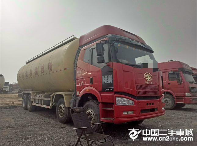 一汽解放 J6P 载货车 重卡 390马力 8X4 9.5米载货车底盘(CA1310P66K24L7T4E5)