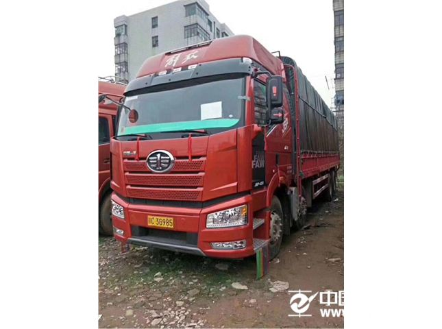一汽解放 J6 420马力前四后八载货车