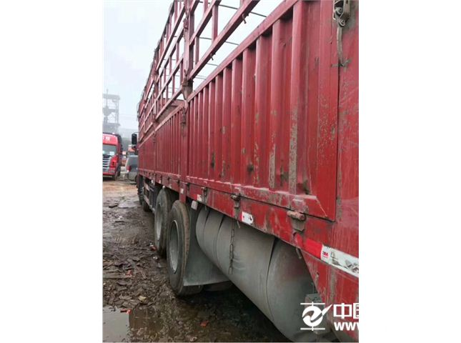 东风 天龙 350动力8X4载货车