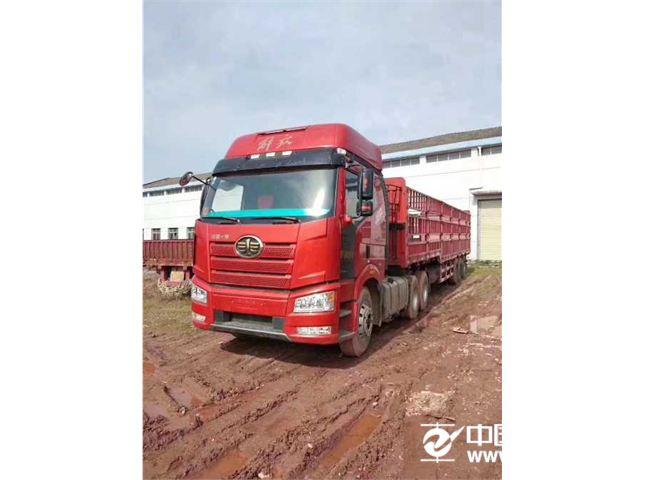 一汽解放 J6P 重卡 領航版復合型 460馬力 6X4牽引車(CA4250P66K24T1A1E5)