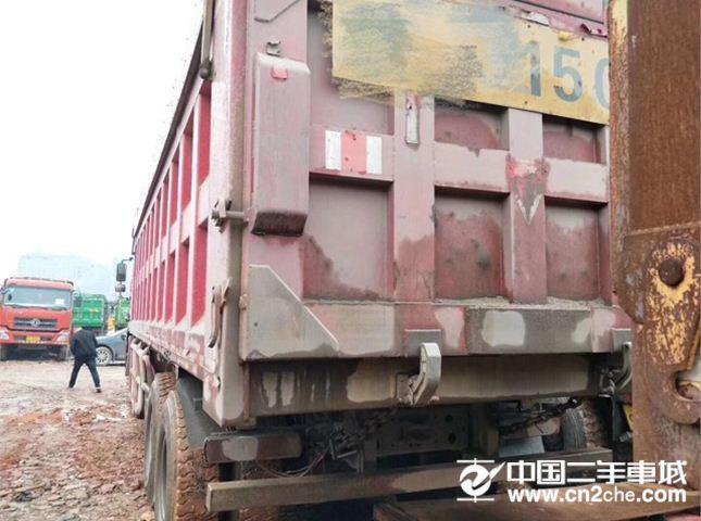 中国重汽 豪沃 380动力8X4自卸车