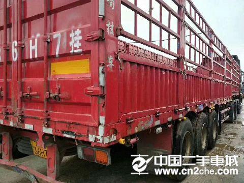 青岛解放 JH6 牵引车载货车