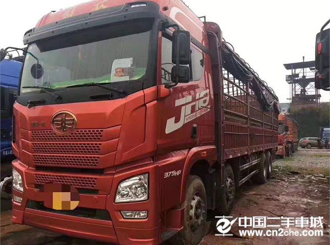 青岛解放 JH6 载货车 JH6重卡 375马力 8X4 9.5米载货车