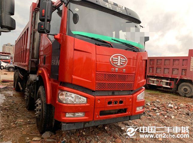 一汽解放 J6P 320马力轻卡前四后八自卸货车
