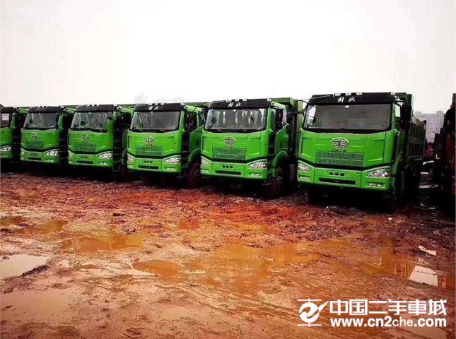 一汽解放 J6P 国五自卸车