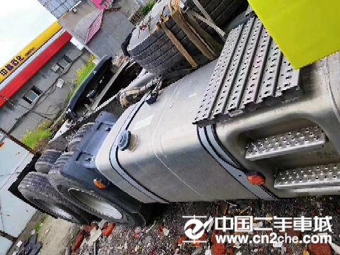 中国重汽 汕德卡  C7H重卡 440马力 6X2R牵引车(ZZ4256V323HE1)