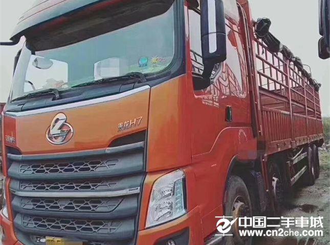 东风柳汽 乘龙 乘龙H7--35马力,带9.6米车厢
