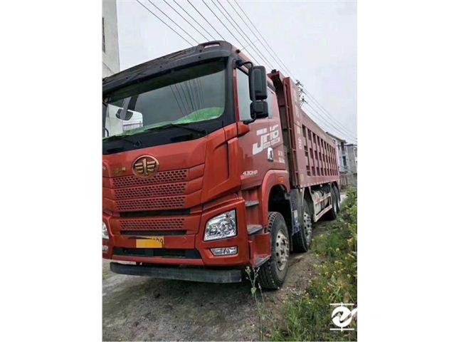 青岛解放 JH6 重卡 430马力 8X4 8米自卸车(CA3310P27K15L5T4E5A80)