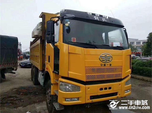 一汽解放 J6P 350馬力6x2自卸車