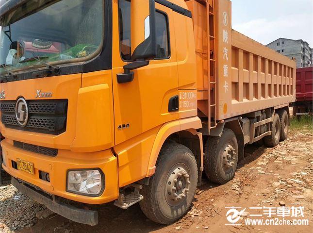 陕汽重卡 德龙X3000 德龙X3000,7.8米货箱,1.5米公告