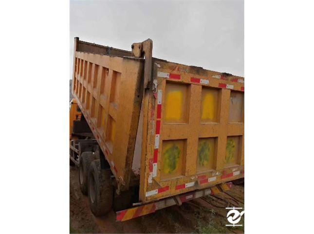 陜汽重卡 德龍X3000 375后八輪自卸車