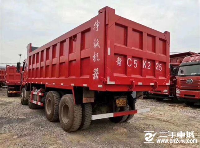 一汽解放 J6P 320马力 6.8米