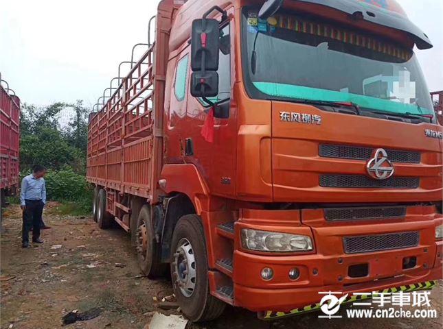 东风柳汽 乘龙M5 载货车 350马力 前四后八