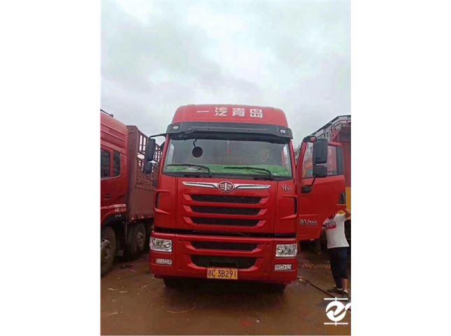 青岛解放途V重卡350马力8X49.5米仓栅式载货车(一汽)价格25.00万