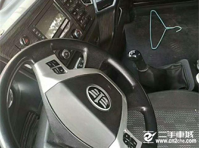 青島解放 JH6 500HP牽引車