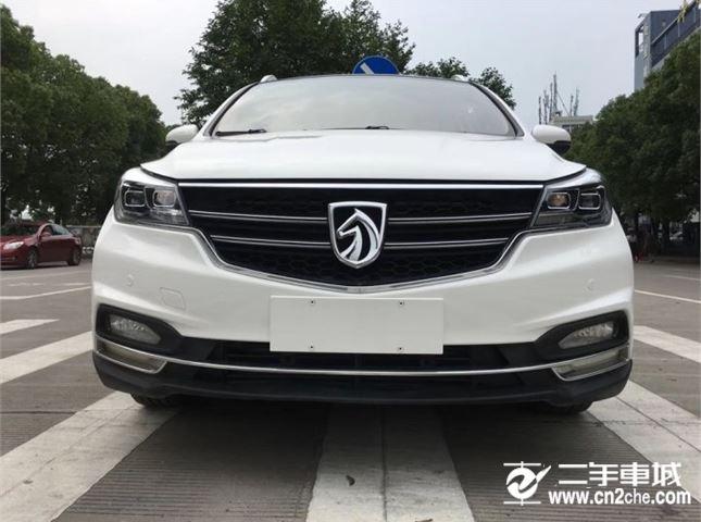2016款二手宝骏7301.5L手动舒适版7座价格2.80万