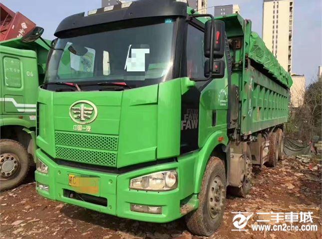 一汽解放 J6P 自卸车 重卡460马力8X4自卸车8.2米