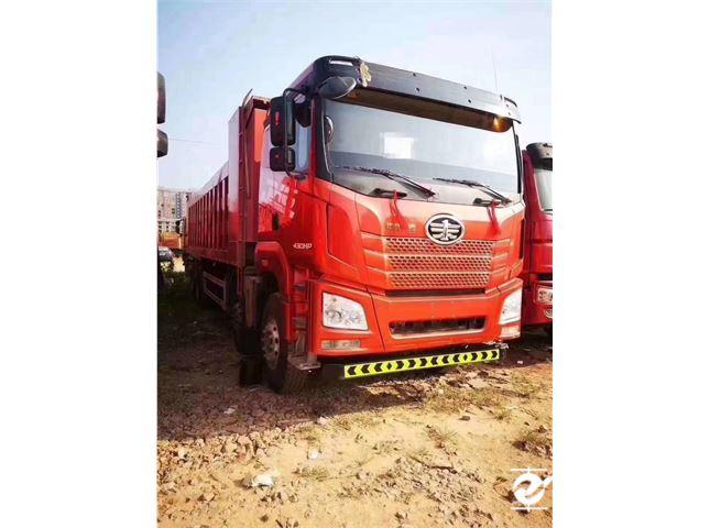 一汽解放 J6 解放JH6-420马力,8.6米货箱