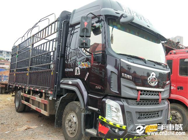 東風柳汽 乘龍 載貨車 H5 220馬力 4X2 6.8米倉柵式載貨車(高頂雙臥)(LZ5182CCYM3AB)