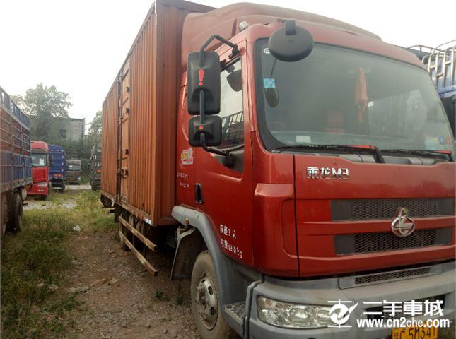 東風柳汽 乘龍M3 六米八的廂式貨車