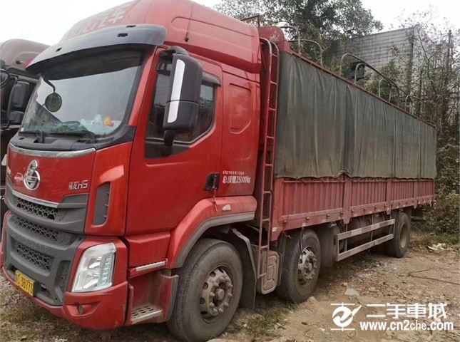 東風柳汽 乘龍 乘龍H5-240馬力,玉柴,前四后四,7.6米