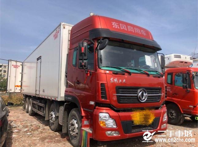 东风 天龙 轻赢版450动力8X4冷藏车
