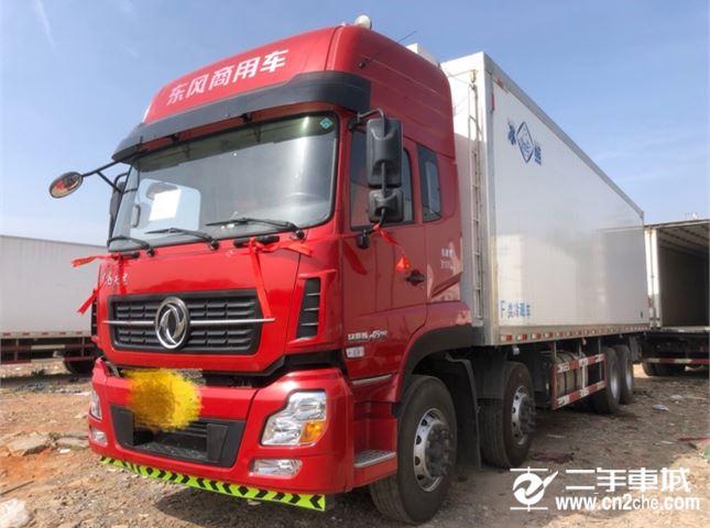 东风 天龙 350动力8X4冷藏车