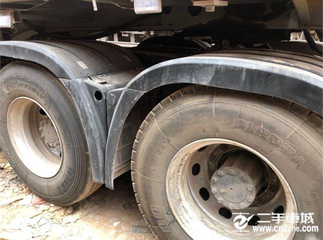 一汽解放 J6P 500馬力6X4牽引車