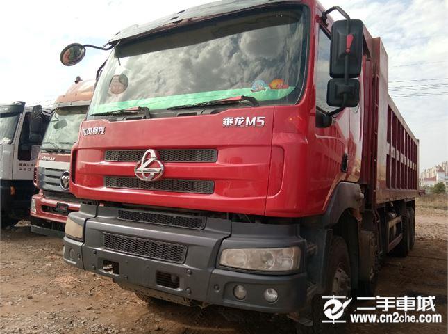 東風柳汽 乘龍M5 350馬力   前四后八自卸車  7.6米車廂