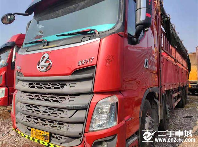 東風柳汽 乘龍H7 350馬力9.6米倉柵載貨車