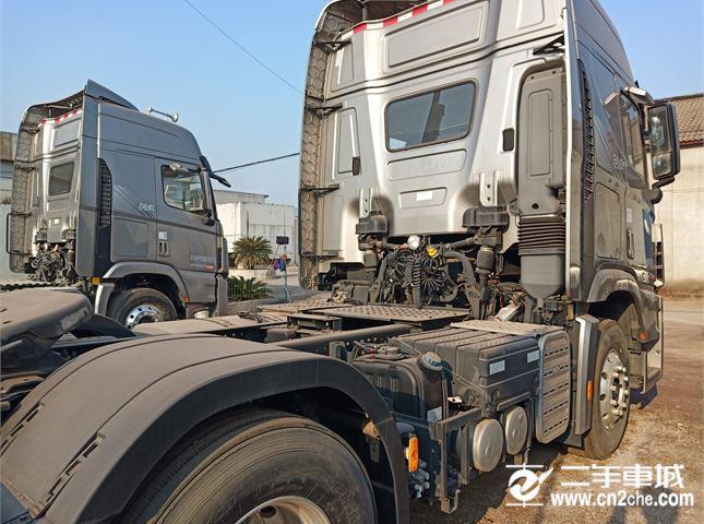 現代 創虎 牽引車 6X4 牽引車