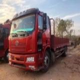 一汽解放 J6L 载货车 中卡质惠版220马力4X2 6.75米栏板载货车底盘