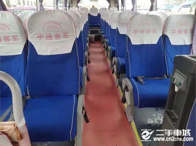宇通 宇通 ZK6808HAA(33座)