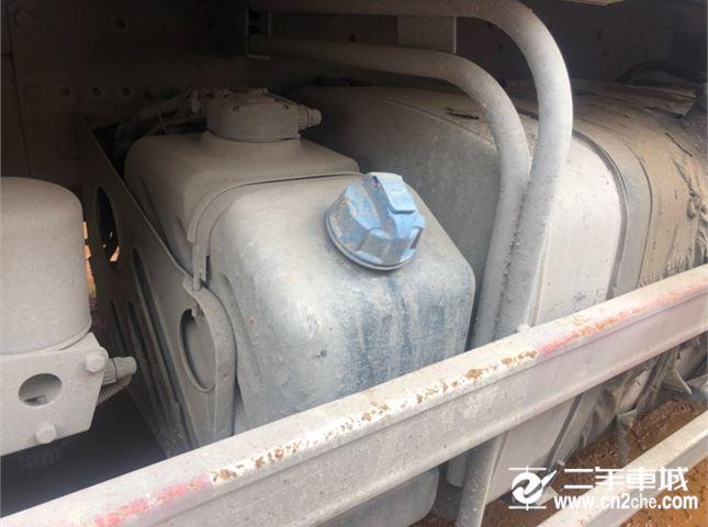 一汽解放 J6P 460动力8X4自卸车