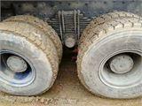 上汽紅巖 杰獅 C500 430馬力 6X2R 中置軸平板運輸車