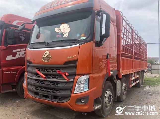 東風柳汽 乘龍 乘龍H7-420馬力,前四后八,9.6米車廂